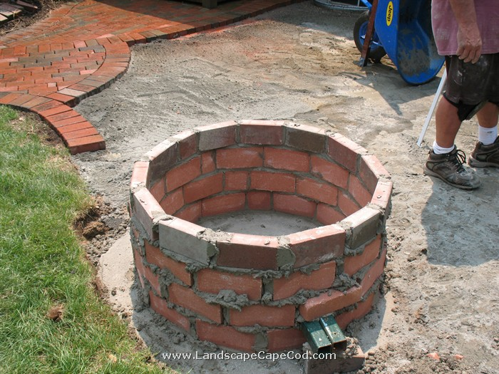 Fire pit construction for Brick fire pit construction